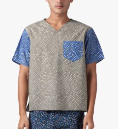 Carven Grey printed Poplin T-Shirt Model Picture