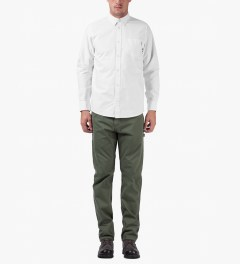 Carhartt WORK IN PROGRESS White/Camo Mitchell Rinsed L/S Raymond Shirt Model Picutre