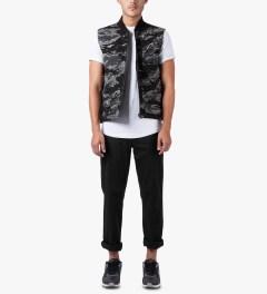 HUF Black Camo/Reversed Tiger Camo Reversible Vest Model Picture