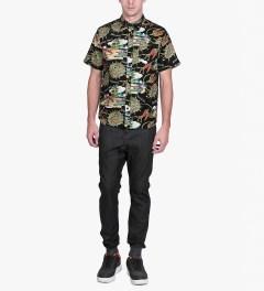 HUF Black Souvenir S/S Woven Shirt Model Picture