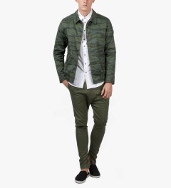 i love ugly. Army Green Zespy Pant Model Picture