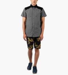 HUF Black/Gold Bamboo Easy Shorts Model Picutre
