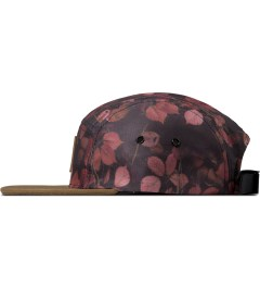 Carhartt WORK IN PROGRESS Tuscany Night Print Starter Cap Model Picture