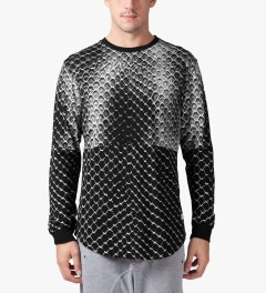 Stampd Black Allover Snake Print L/S T-Shirt Model Picutre