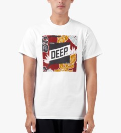 10.Deep White Tropical Slope T-Shirt Model Picture