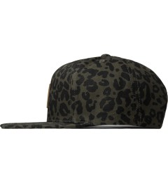Carhartt WORK IN PROGRESS Cypress Panther Print Logo Starter Cap Model Picutre