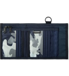 Head Porter Navy Jungle Wallet Model Picture