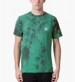 HUF Jade Small Script Crystal Wash T-Shirt Model Picutre