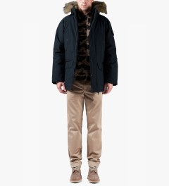 Carhartt WORK IN PROGRESS Navy/black Anchorage Parka Jacket Model Picutre