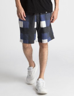 SASQUATCHFABRIX. Blue Check Hand Drawing Block Check Shorts Picture