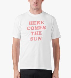 Head Porter Plus White Here Comes The Sun T-Shirt Model Picutre