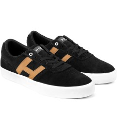 HUF Black/Tan Choice Low-Top Shoes Model Picture