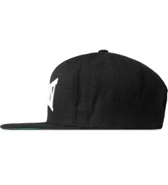 CLSC Black Neverlast Snapback Cap Model Picutre
