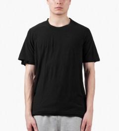 KRISVANASSCHE Black T-Shirt Model Picutre