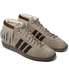 adidas Originals NEIGHBORHOOD x adidas Originals Beige NH BW Moc Shoes Model Picture