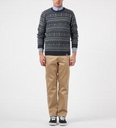 Carhartt WORK IN PROGRESS Marlin Welton Sweater Model Picture