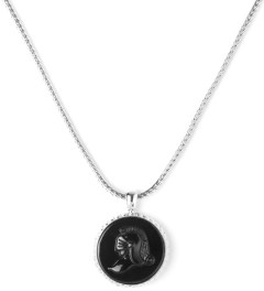Black Scale Silver Knight Cameo Necklace Model Picture