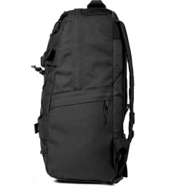 Carhartt WORK IN PROGRESS Black Kickflip Backpack Model Picutre