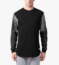 Stampd Black Snake Skin L/S T-Shirt Model Picture