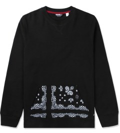 Undefeated Black Bandana Pocket Crew Sweater Picutre