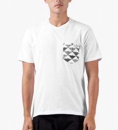 Carhartt WORK IN PROGRESS White/Quilt Print S/S Olson Pocket T-Shirt Model Picutre