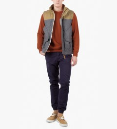 Ucon Sand Otis Vest Model Picture