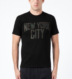 Medicom Toy Black New York City T-Shirt Model Picture