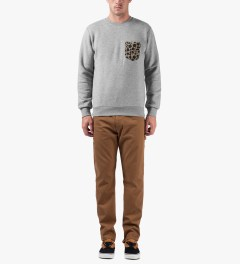 Carhartt WORK IN PROGRESS Grey Heather/Leather Eaton Pocket Crewneck Sweater Model Picutre