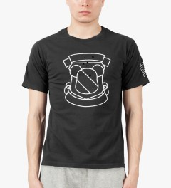 Medicom Toy Dark Grey NUMBER (N)INE x BEARTEE T-Shirt Model Picture