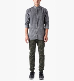 ZANEROBE Dark Camo Sureshot Drawstring Chino Pants Model Picture