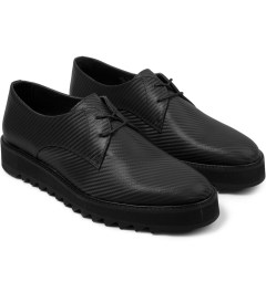 Surface to Air Charcoal Carbon Derby Shoes Model Picture
