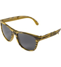 ALIFE ALIFE x Sunpocket Leopard Print Sunglasses Model Picture