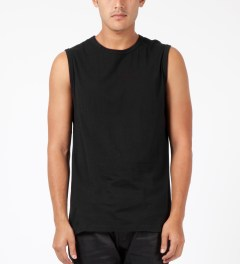 SILENT Damir Doma Black Tosyl Sleeveless T-Shirt Model Picture