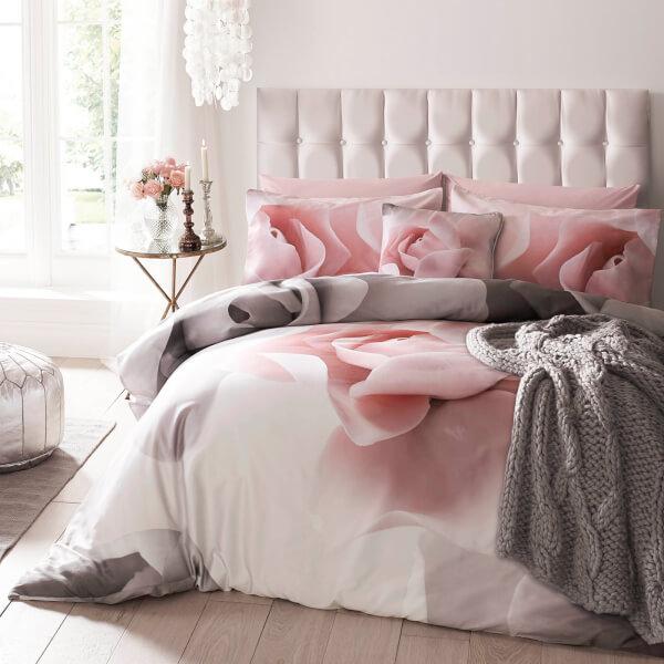 Designer floral Ted Baker Porcelain Rose Duvet Cover - Pink