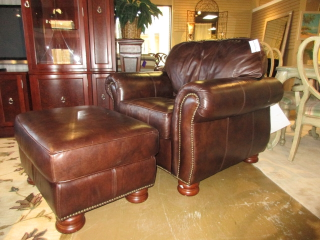 thomasville leather chair dallas cowboys theater chairs ottoman at the missing piece home loading images