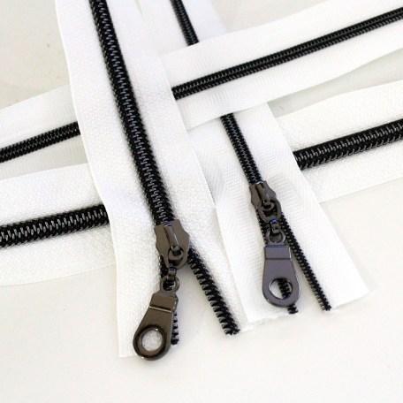 3-5-Nylon-Coil-Zipper-white-with-gunmetal-teeth