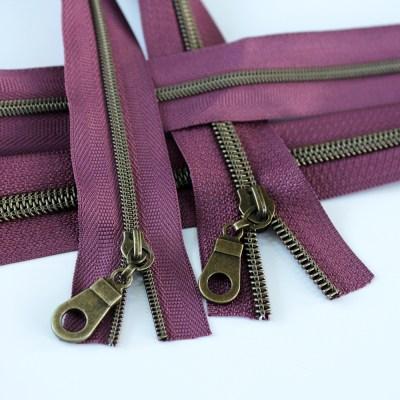 3-5-Nylon-Coil-Zipper-plum-with-bronze-teeth