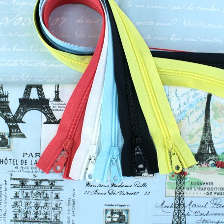 Paris Fabric & Zipper Bundle