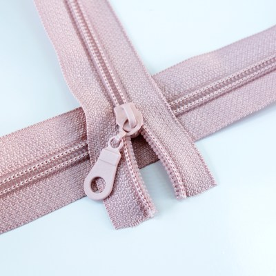 5-Nylon-Coil-Zipper-rose-regular