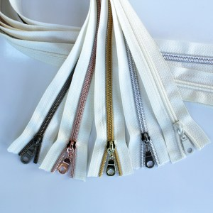 #5-ivory-zippers-sampler