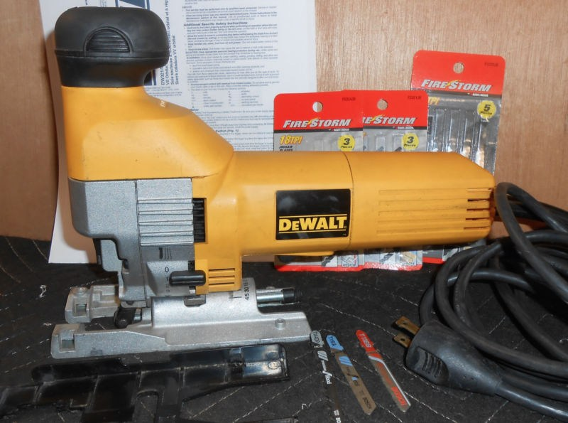 Dewalt Barrel Grip Jigsaw