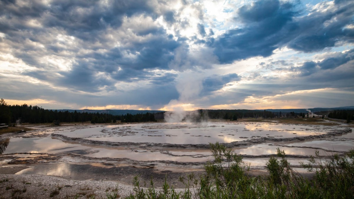 Sunsest at the Great Fountain Geyser in Yellowstone National Park #vezzaniphotography