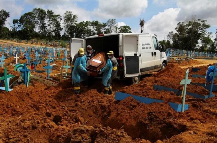 Manaus, scene of a health tragedy.