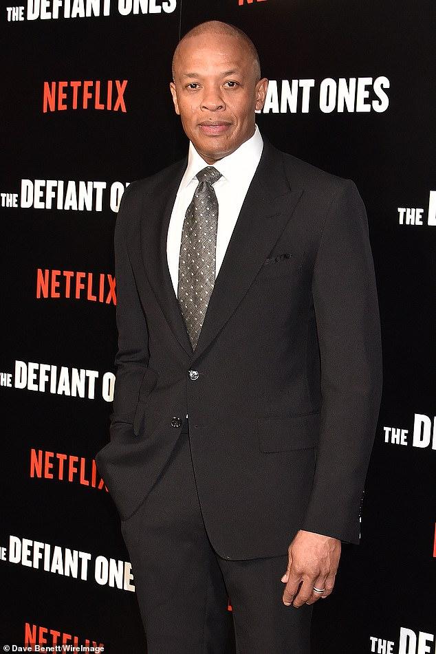La mansión de $ 40 millones del Dr. Dre en el exclusivo vecindario de Pacific Palisades en Los Ángeles fue casi asaltada el miércoles por la mañana cuando se recuperaba en una UCI de un aneurisma cerebral;  visto en 2018