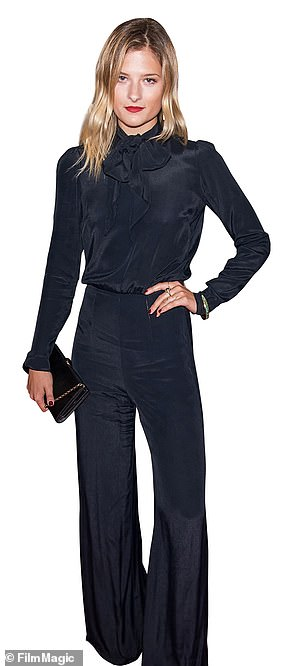 La ex modelo, de 29 años, que estudió teatro en Yale y es conocida profesionalmente por su segundo nombre, interpreta a la heroína Marion Brook.