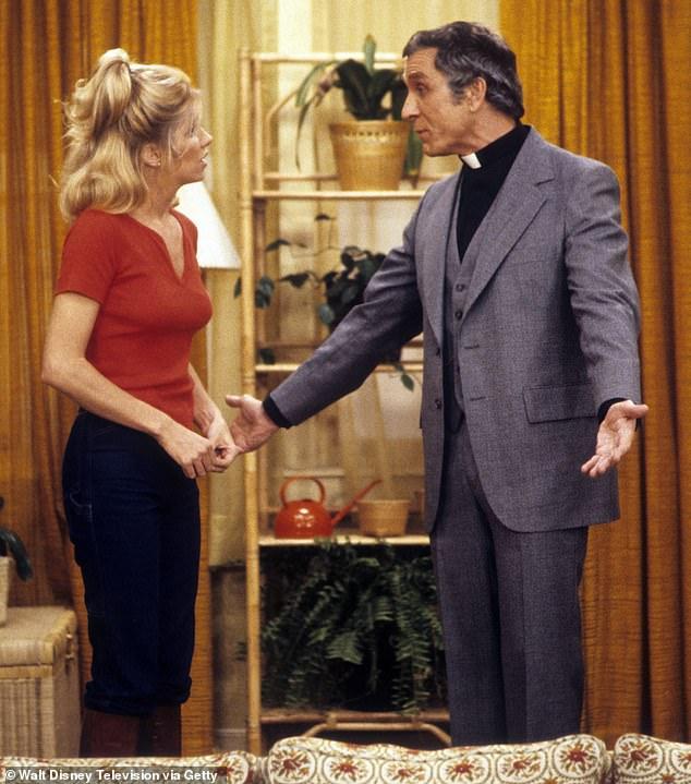 Trabajaron bien juntos: Suzanne Somers recordó a su coprotagonista de Three's Company, Peter Mark Richman, después de su muerte a los 93 años;  vistos juntos en el programa en 1978