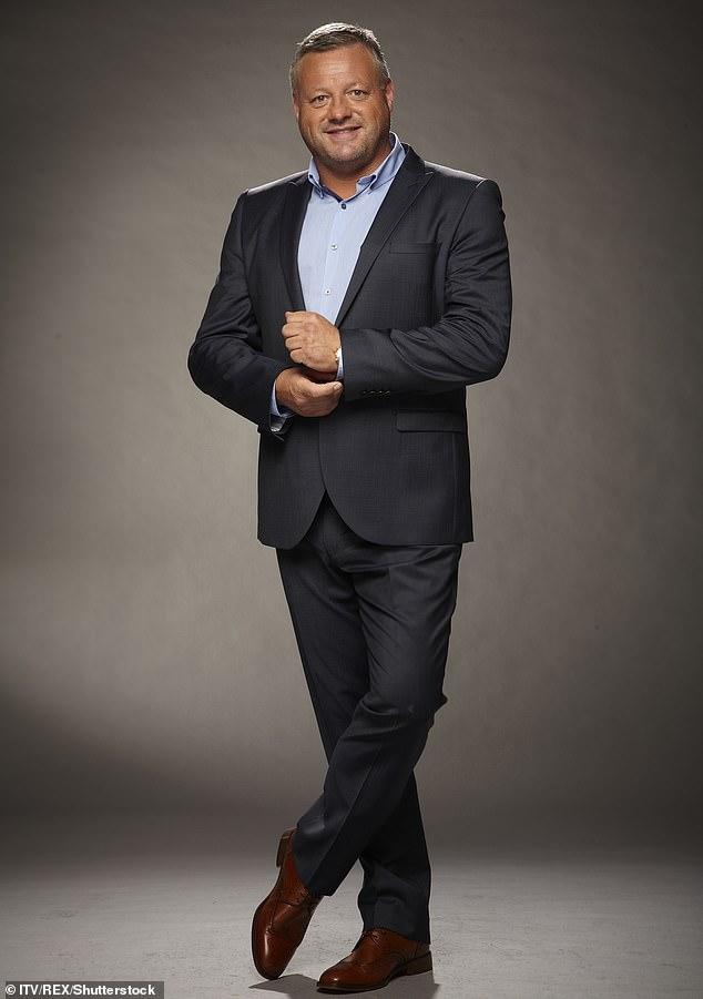 'Un verdadero caballero': los tributos han inundado a la estrella de TOWIE Mick Norcross después de que se supo la noticia de su muerte (en la foto en 2012)