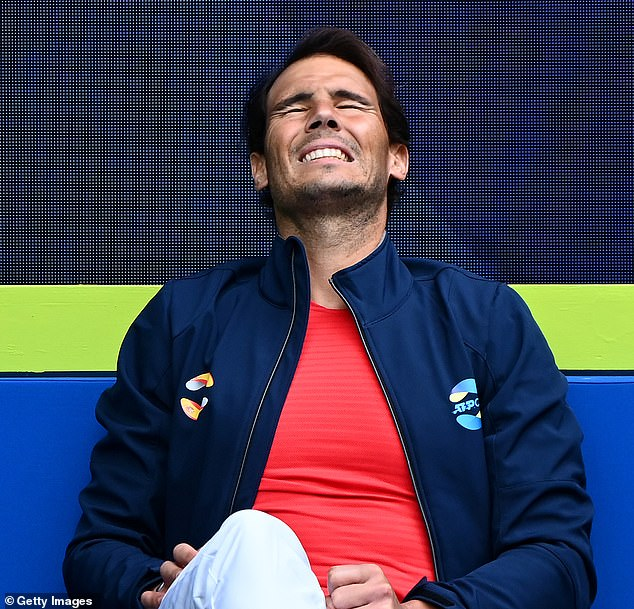 Rafael Nadal se ha retirado de la primera Copa ATP de España ante la anfitriona Australia con problemas de espalda