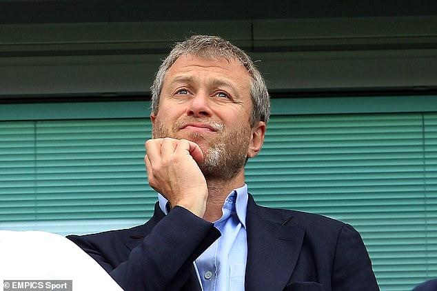 El propietario Roman Abramovich está tratando de tender puentes con los fanáticos del Chelsea después de la controversia de ESL