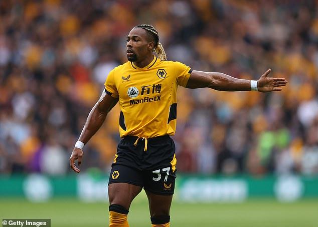 Según los informes, Tottenham está preparando una oferta de préstamo para la estrella de los Wolves, Adama Traore, con miras a una mudanza permanente de £ 40 millones